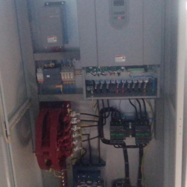 Компоновка шкафа управления дымососом и вентилятором